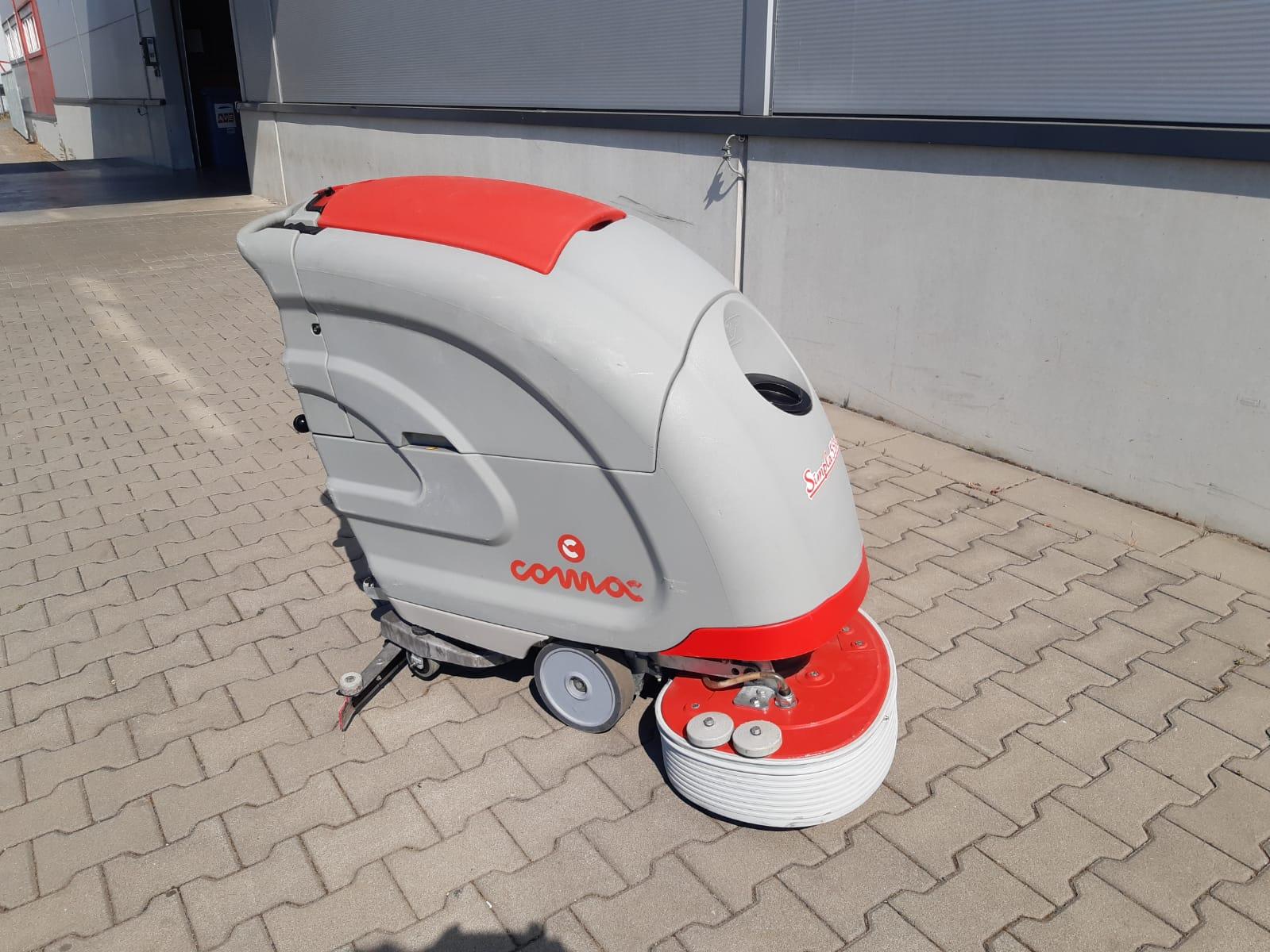 Repasovaný podlahový mycí stroj COMAC SIMPLA 55
